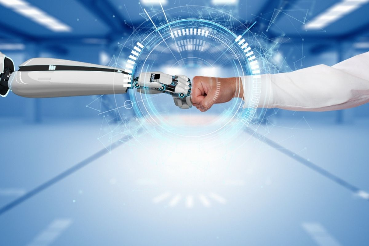 uomini e robot, il futuro del lavoro